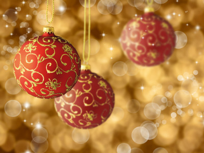 Weihnachtskugeln bemalen