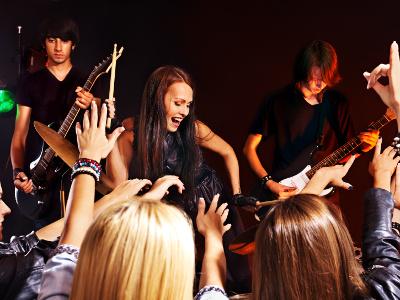 EVINTA_Weihnachtsfeier_Weihnachtsfeier mit Live-Band_Band auf Bühne